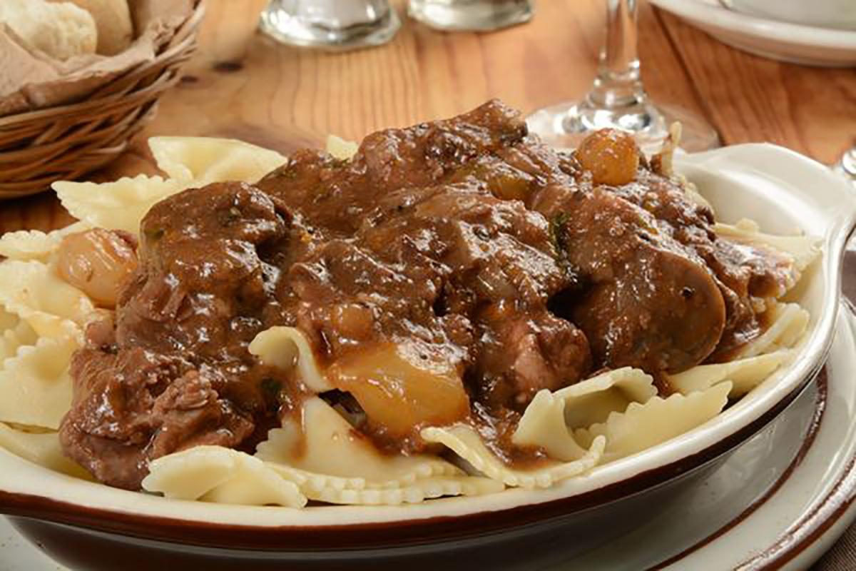classic-recipe-beef-bourguignon-with-farfalle